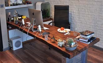 Ofisinize Özel Ceviz Masa
